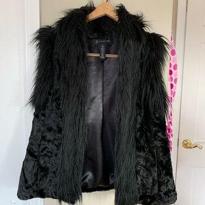 Fur vest. (Faux)